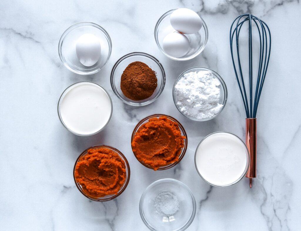 Ingredients to make Keto mini pumpkin pies